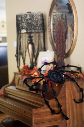 Halloween decor 2011-6